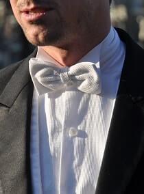 Strik - White Tie